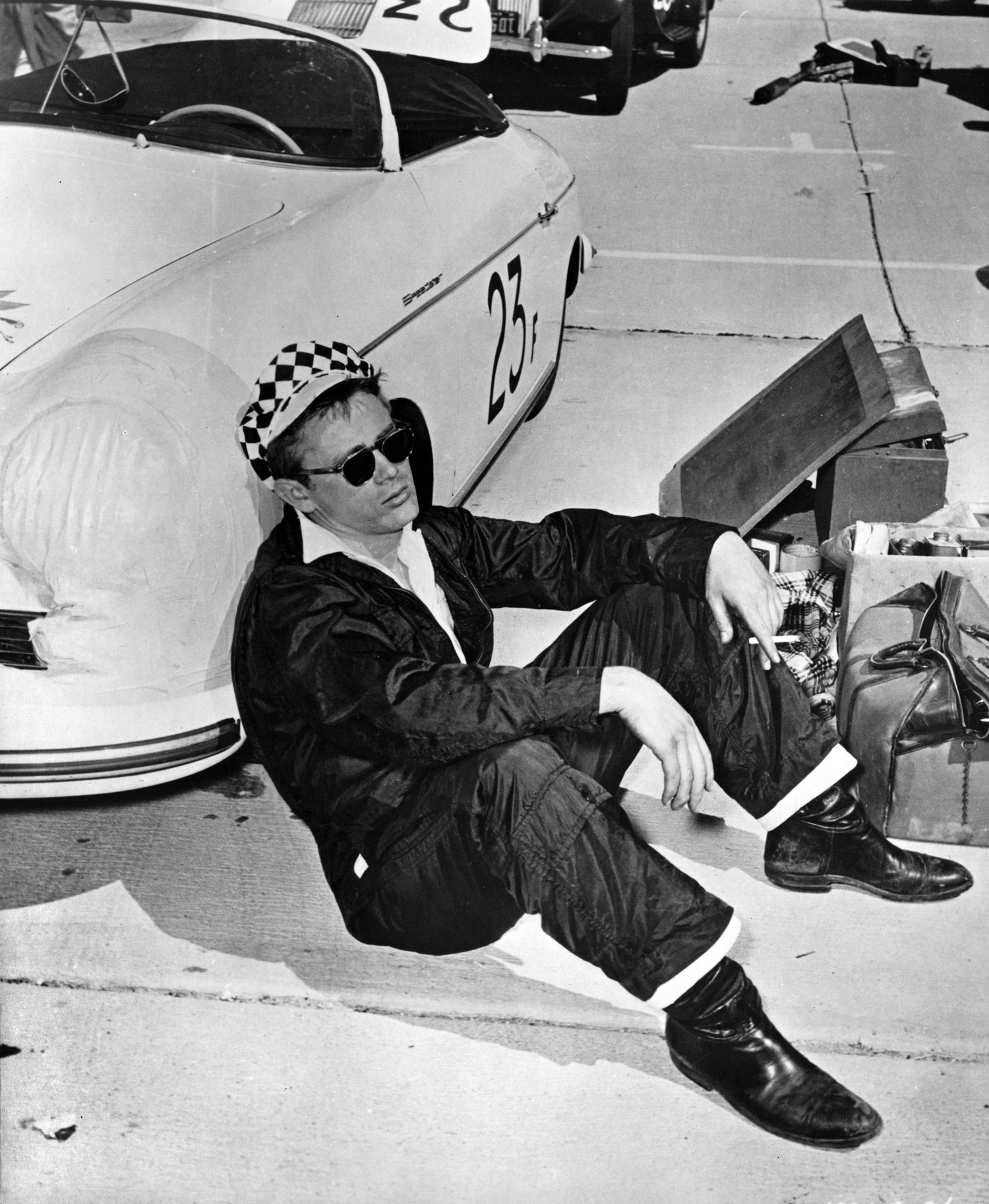 James Dean and his Speedster - Speedsters com - a site